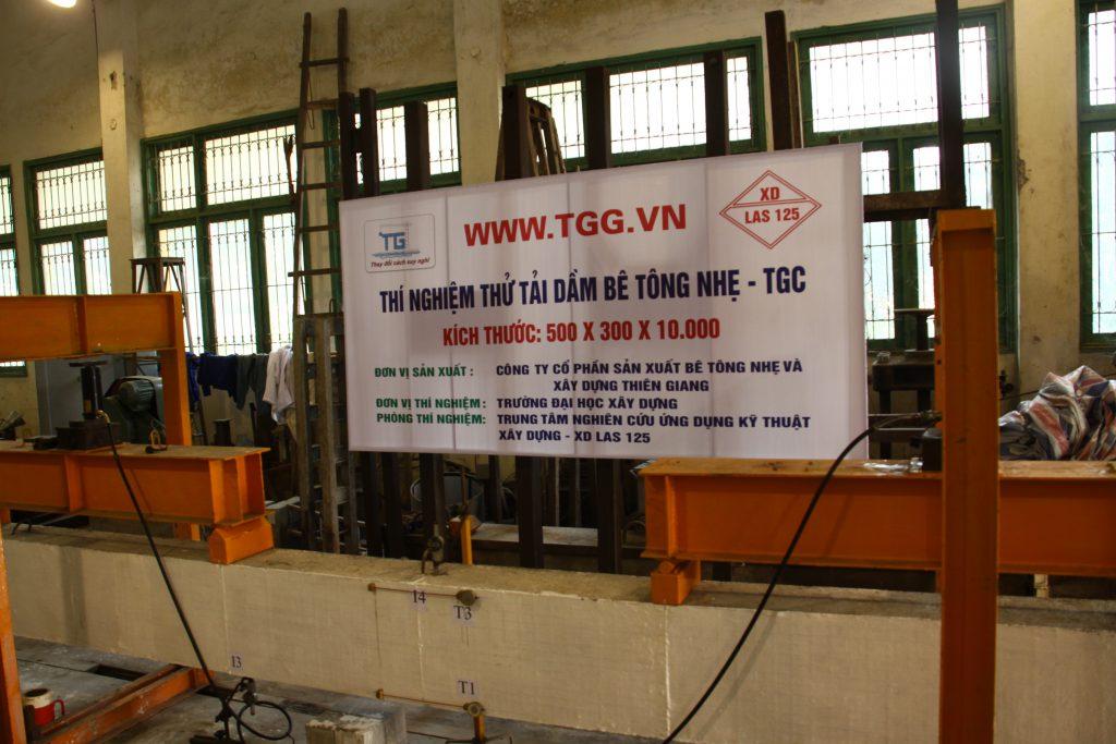 Thí nghiệm thử tải dầm bê tông nhẹ TGC